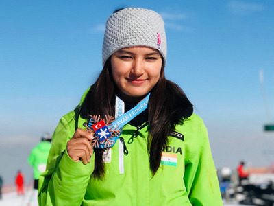 Himachal Pradesh girl Aanchal Thakur bags India's first-ever skiing medal
