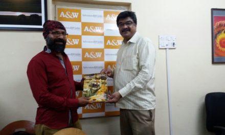 Our editor with Annechira Shiva Kumar (Gandhi) photographer / filmmaker
